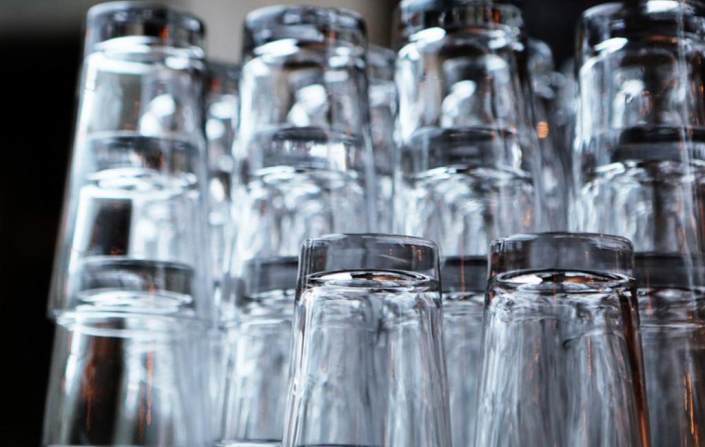 vandglas til køkkenet