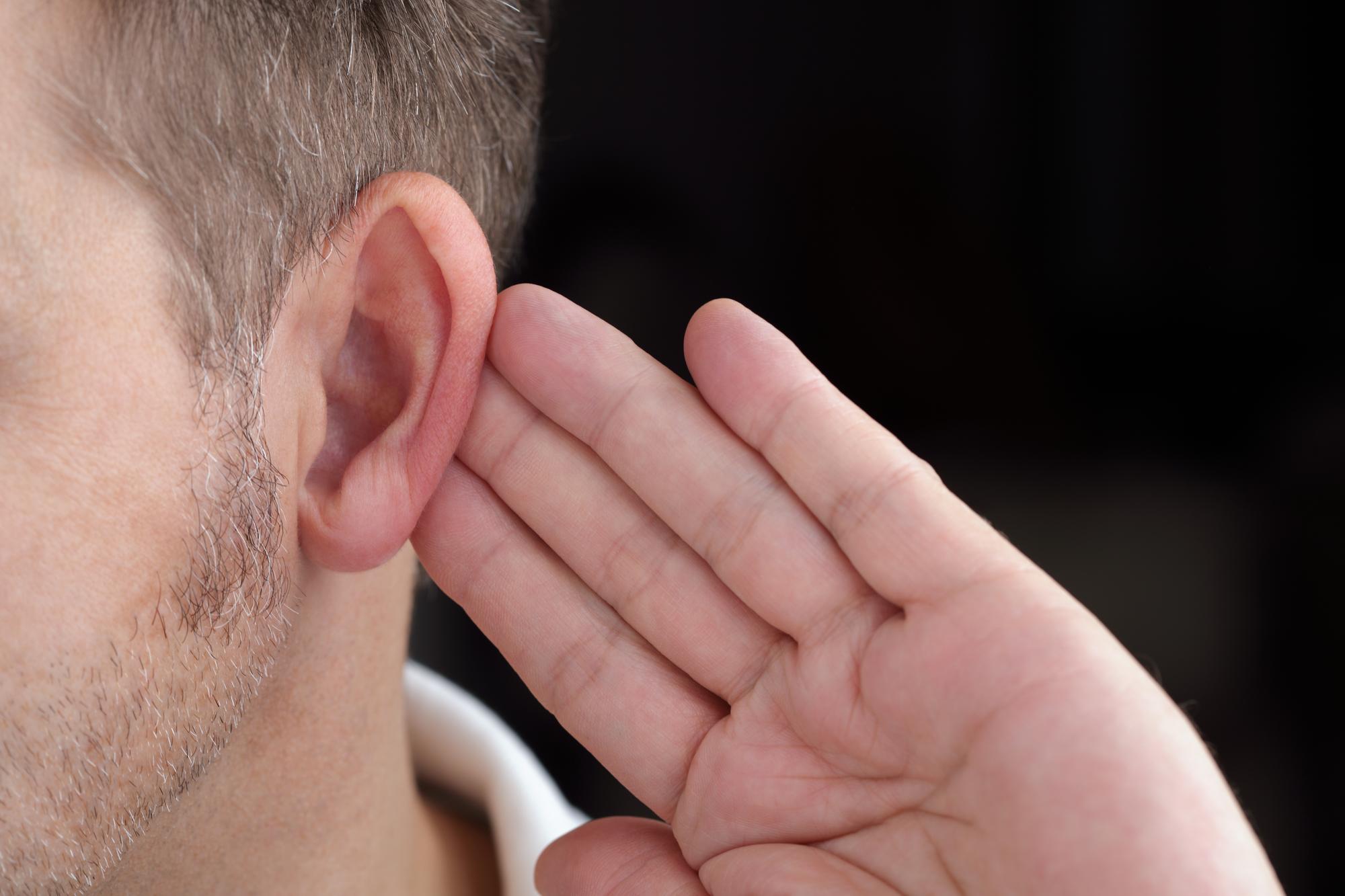 Nedsat hørelse – sådan klarer du dig bedre i hverdagen