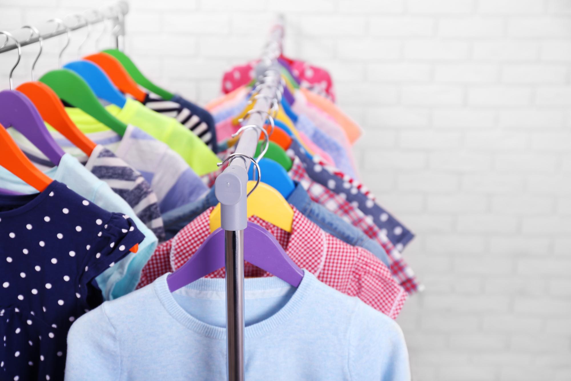 Spar penge på smart og funktionelt modetøj til børn